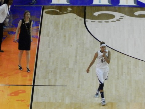 Lashia Clarendon, who now plays for Indiana in the WNBA, led Cal with 17 points